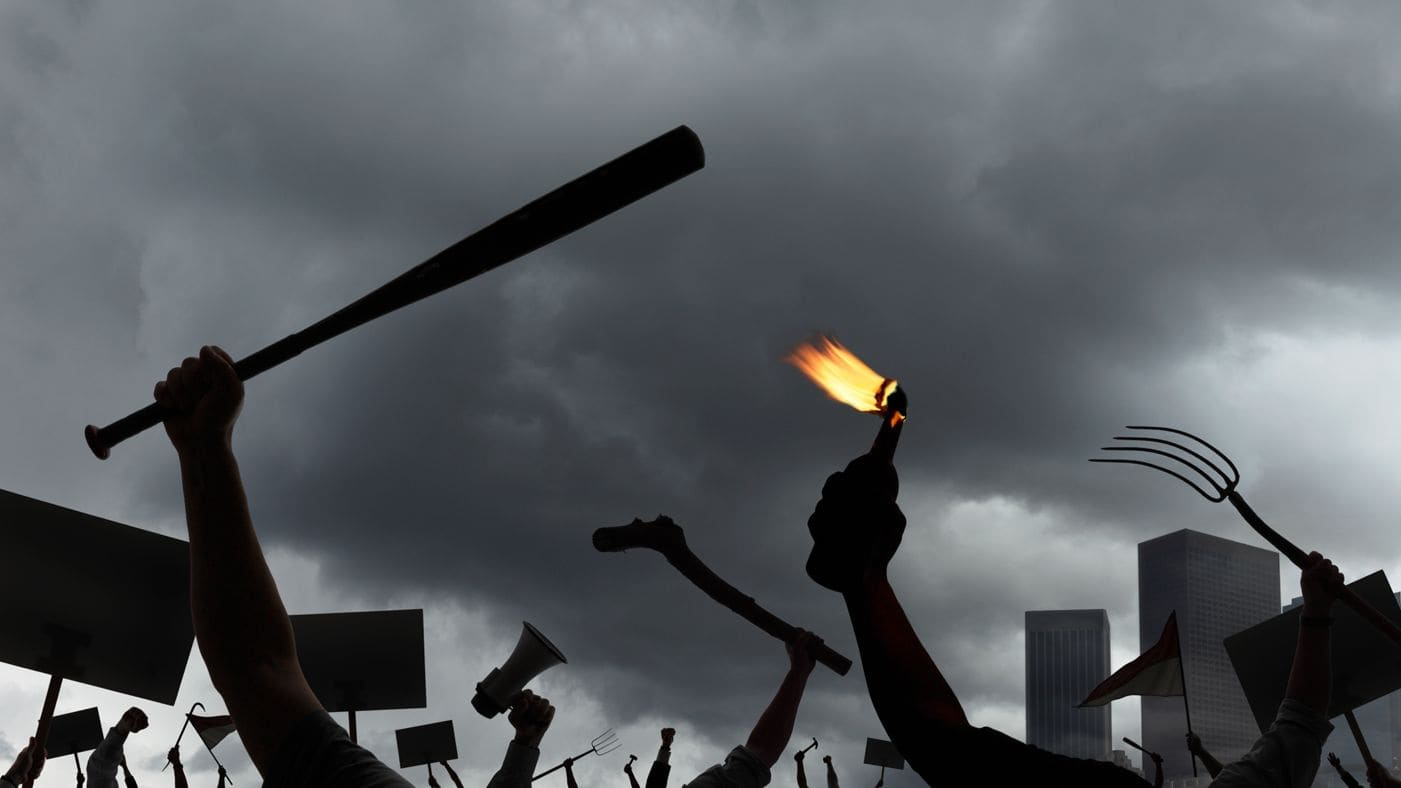Kekerasan adalah Penghambat Tumbuh-Kembang Bangsa, Bisakah Indonesia Mengatasinya?